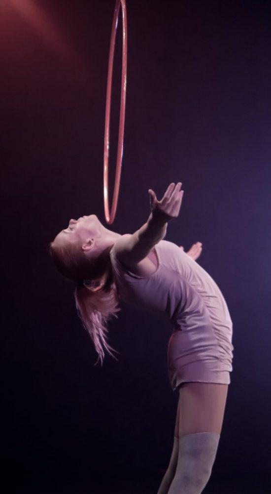 Annika Hakala Circus Artist Hulahoop Show Event Gala Variete
