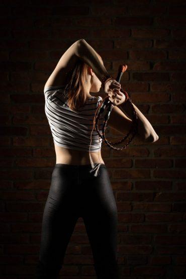 Annika Hakala Circus Artist Whip Cracking Peitsche Show Event Gala Variete